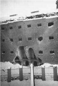 Segni dei bombardamenti al carcere Le Nuove di Torino (Archivio storico Città di Torino)